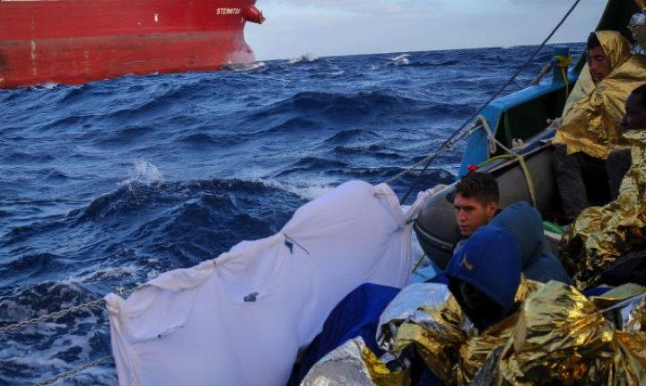 Gli ottomila salvati a Pasqua: diario di bordo di una missione di salvataggio