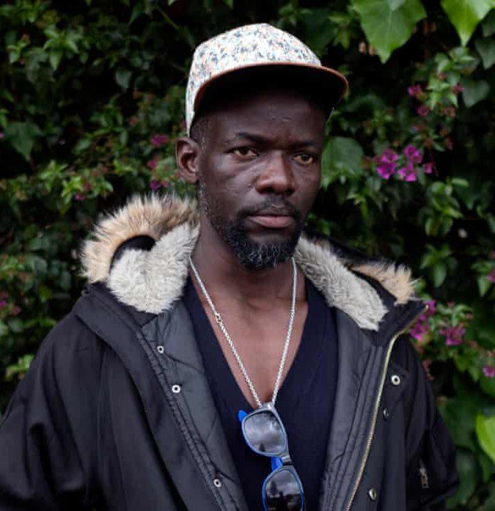 Separati in mare: la paura disperata di un padre della Sierra Leone per suo figlio
