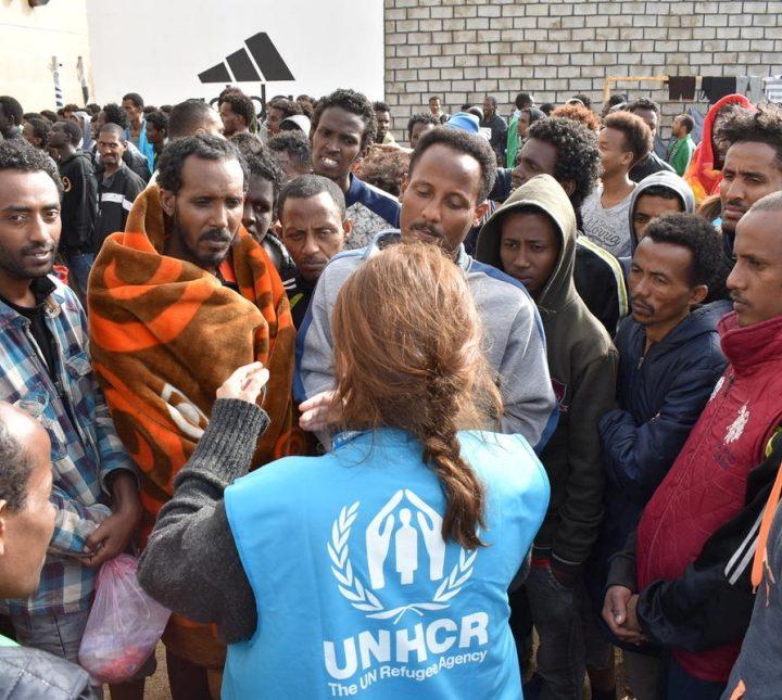 L'Unhcr denuncia l'ingiustificabile violenza della polizia libica contro i migranti