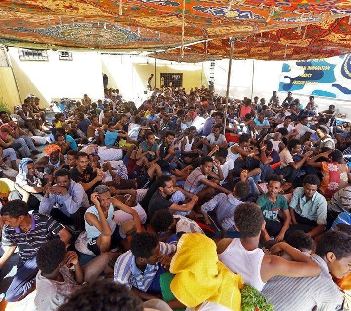 Libia oggi:  600 morti di cui 140 bambini 150 donne 25 sanitari, 3500 feriti di cui 450 gravi e 75 mila sfollati e fosse comuni per i migranti