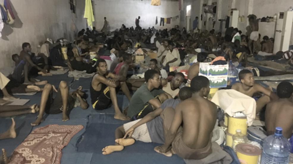 Migranti e scafisti, cosa accade davvero in Libia