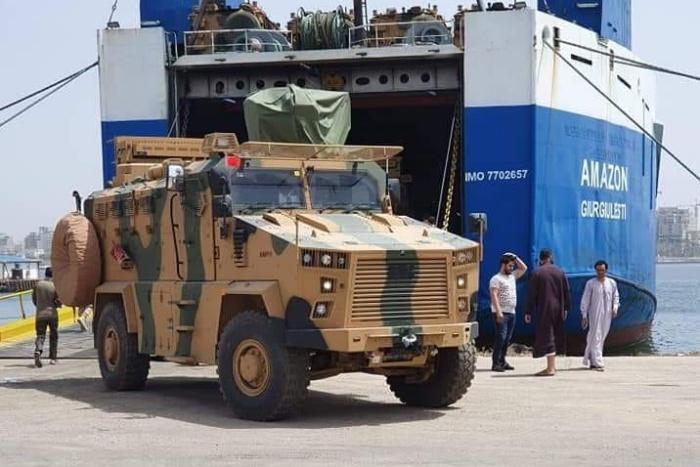 Il commercio di armi non si ferma. A Misurata attraccano navi di armamenti nonostante l'embargo ONU