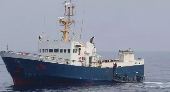 Questa è la Libia. Due pescherecci italiani sequestrati e marinai a processo.  Il Governo tronchi ogni accordo con i libici e i suoi alleati