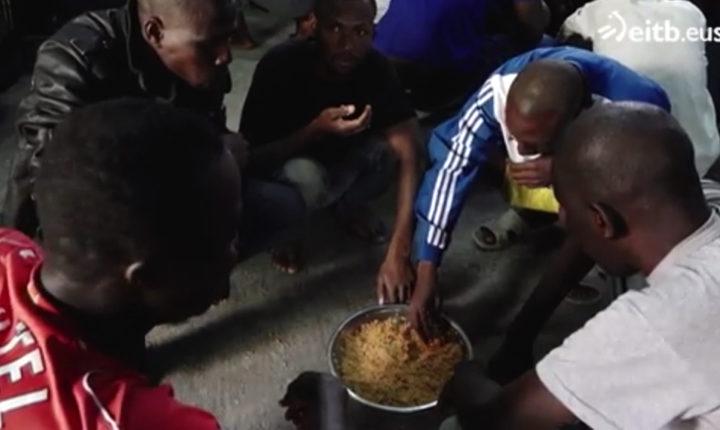Alrededor de 5.000 migrantes, encerrados en centros de detención en Libia