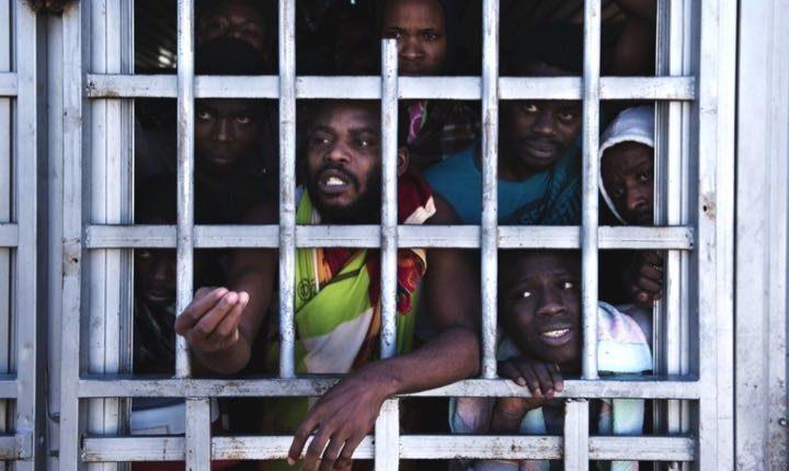 Nei centri di detenzioni per migranti in Libia la situazione è raccapricciante